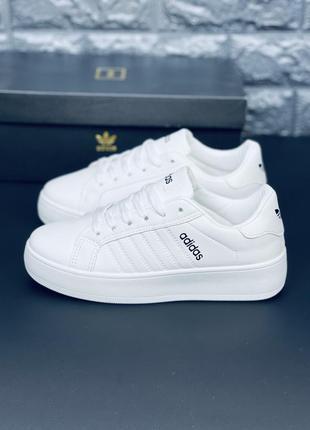 Белые удобные красовки. много обуви!!!