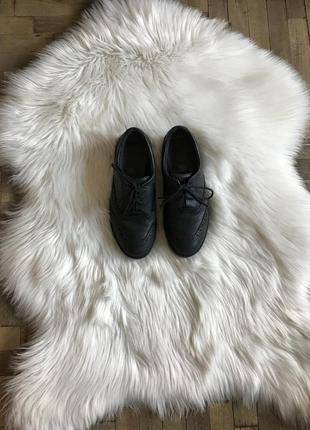 Туфли-оксфорды clarks