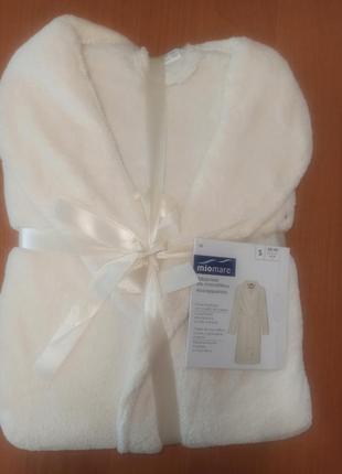 Нежный кремовый мягкий женский халат miomare германия в упаковке s(36-38)