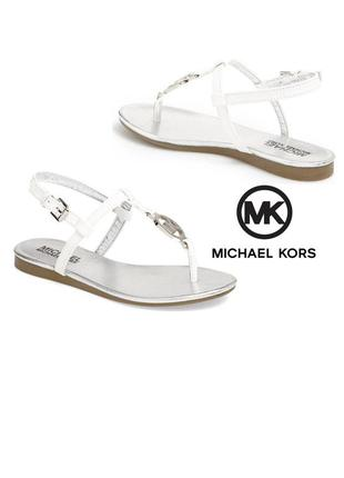Michael kors оригинал сандалии босоножки белые с значком из сша5 фото