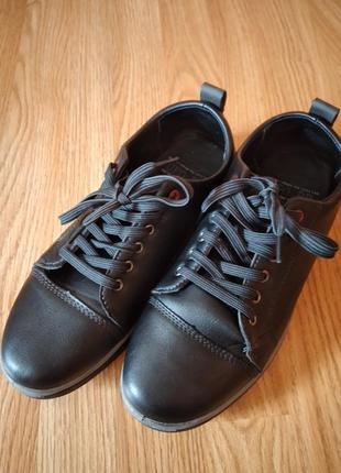 Туфлі- кросівки