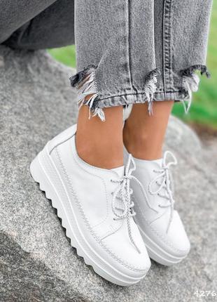 Натуральная кожа, белые женские туфли на шнурочках