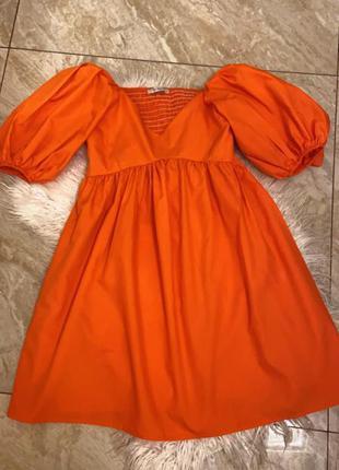 Оранжевое свободное платье лёгкое с фонариками