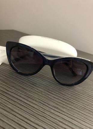 Красивые очки в темно синей оправе от calvin klein