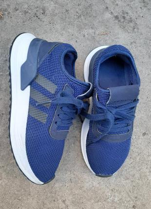 Оригинальные кросовки adidas
