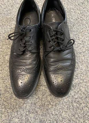 Туфлі. броги