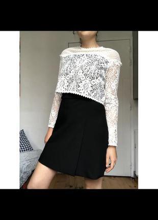 Платье черно-белое для школы