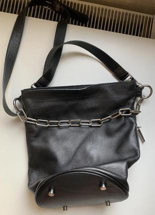 Кожаная сумка с цепочкой