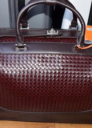Женская сумка дорожная на колёсиках