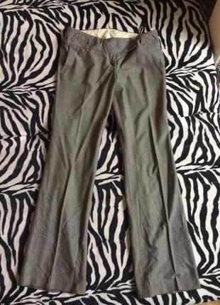Классические серые брюки со стрелкой mango