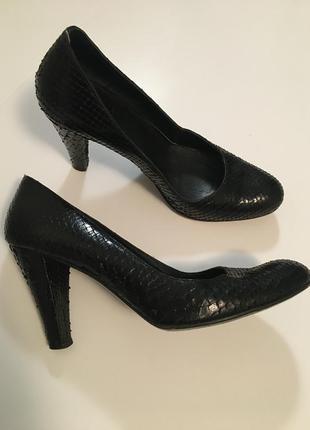Итальянские туфли змеиная кожа 38.5размер