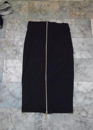 Узкая юбка карандаш с молнией сзади