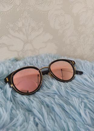 Женские круглые очки с розовыми зеркальными стеклами