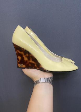 Босоножки туфли gucci