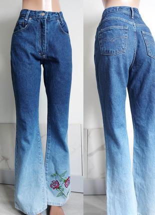 Тренд ! стильные джинсы градиент, клеш от колена, высокая посадка, цветы / омбре