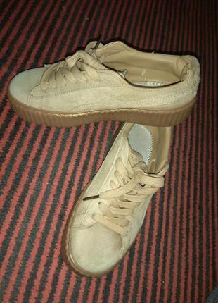 Кроссовки puma rihanna. замшевые кроссовки