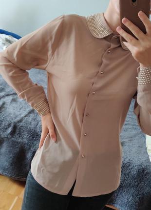Блуза с акцентным воротником