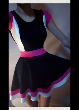 Летнее короткое пишное платье tammy