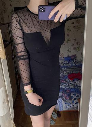 Эффектное платье от terranova