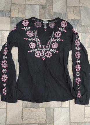 Вишита блузка вишиванка
