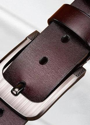 Кожаный ремень с пряжкой