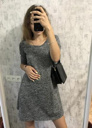 Серое платье свободного кроя от terranova
