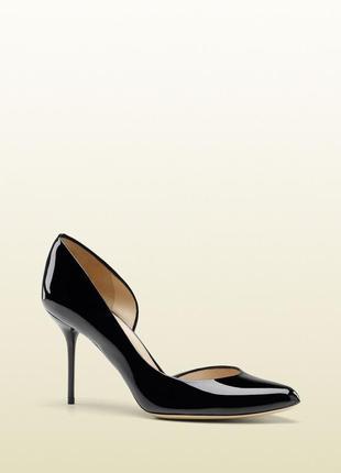 Туфли gucci лодочки 38- размер . оригинал