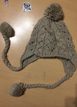 Вязанная шапка,вязаная шапка теплая