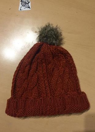 Продам крутую шапку ,вязанную шапку,вязаную шапку