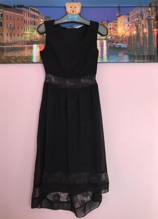 Маленькое нарядное черное платье , платье миди