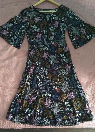 Легкое платье миди на осень с цветочным ( ботаническим) принтом в стиле бохо, вискоза