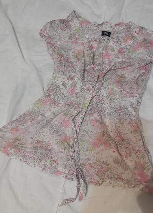 Прекрасная блузка в цветочек