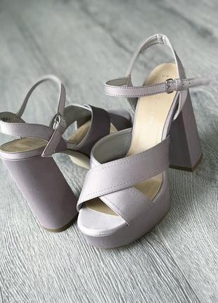 Босоножки new look толстый каблук zara h&m mango