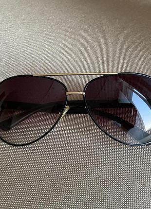 Солнцезащитные очки авиаторы с градиентом