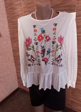 Укороченная блузка вышиванка nymph