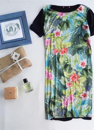 Сукня прямого крою з яскравим малюнком від primark