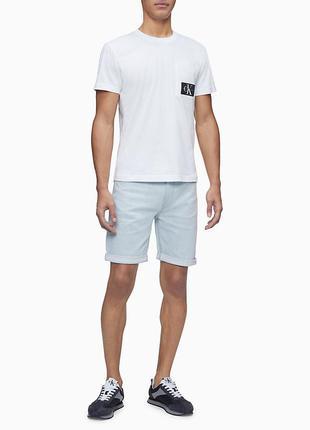 Оригинальные мужские шорты от бренда calvin klein