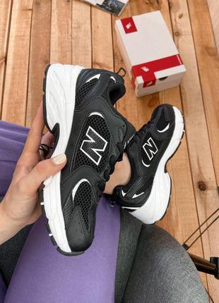 Женские черные кроссовки new balance 530 black white