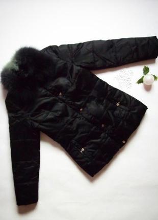 Тёплый чёрный пуховик, тёплая зимняя куртка c меховым воротником на молнии и кнопках