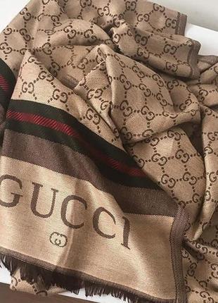 Шикарный брендовый шарф gucci