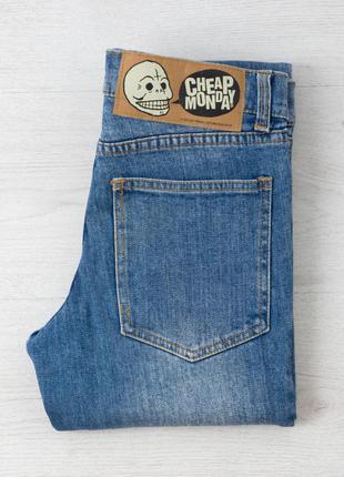 Новые джинсы на миниатюрную девушку, р. 23-24, шведского бренда cheap monday