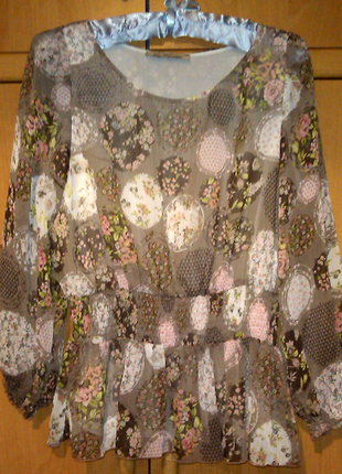 Крепдешиновая блуза кофейного цвета с драпировкой