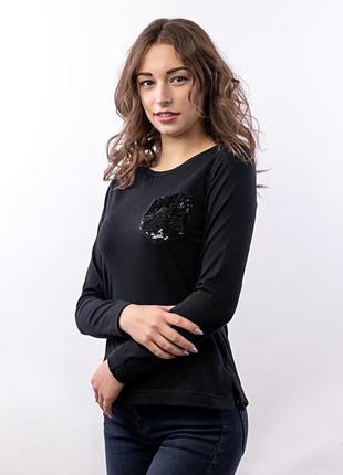 Блуза жіноча з кишенею, чорна