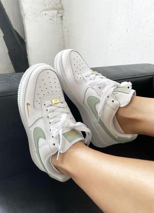 Nike air force mini swoosh olive