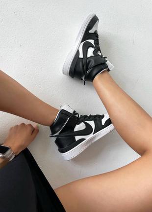 Nike dunk x ambush black / white