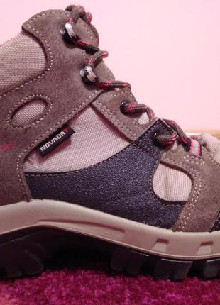 Ботинки quechua 34р