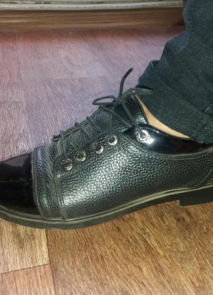 Туфли из кожзама на осень