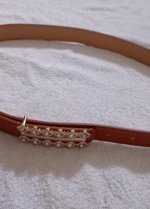 Нарядный лаковый коричневый ремень пасок пояс с камнями