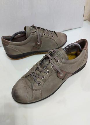 Оригинальные кожаные кеды, кроссовки, туфли ecco р. 38-39 (25 см)