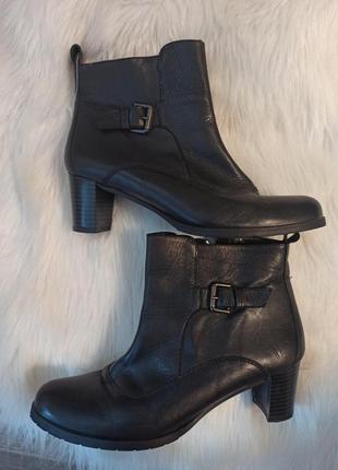 Ботинки демисезонные кожа натуральная средний каблук